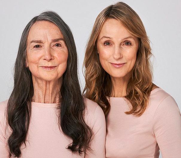 Франсез (83) и ее дочь Тинэка (57)