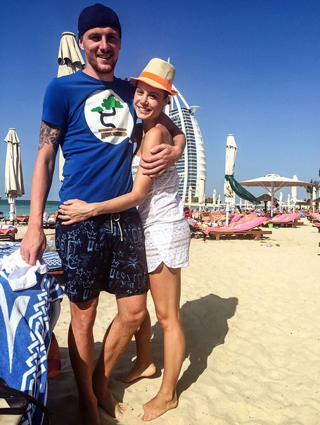 Полузащитник «Терека» Олег Иванов (28) с женой Кристиной в Дубае