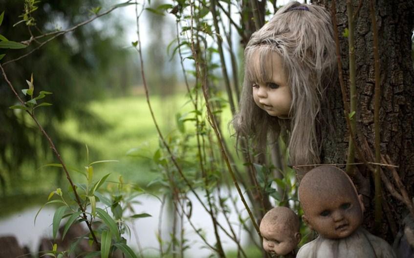 Остров заброшенных кукол в Мексике.