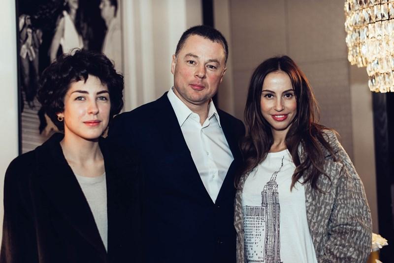 Анна Русска, Михаил Тревгода и Милана Королева