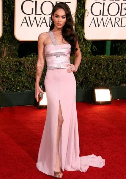 Где: Кинопремия  Золотой Глобус,  2011. В чем: Платье Armani Prive.