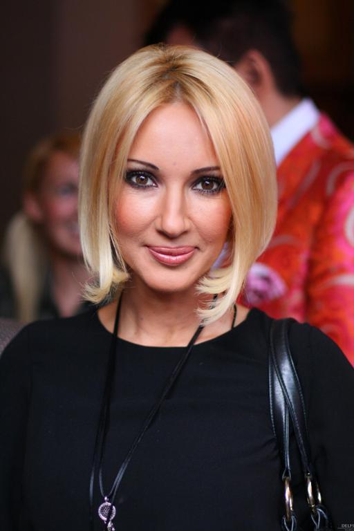 Телеведущая Лера Кудрявцева (43) стала мамой в 18 лет