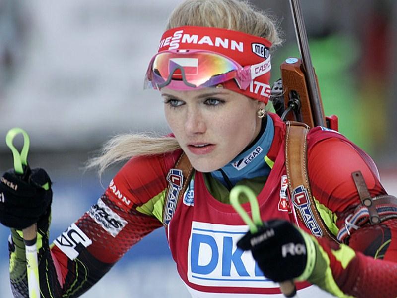 Биатлонистка Габриэла Соукалова, 25