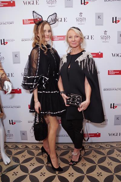 Марина Кузьмина с дочерью Ариной