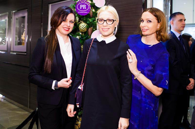 Светлана Амова, Аврора и Евгения Попова