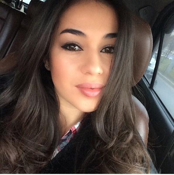 Вардануш Мартиросян [29] - армянка. Певица, актриса, танцовщица на пилоне.