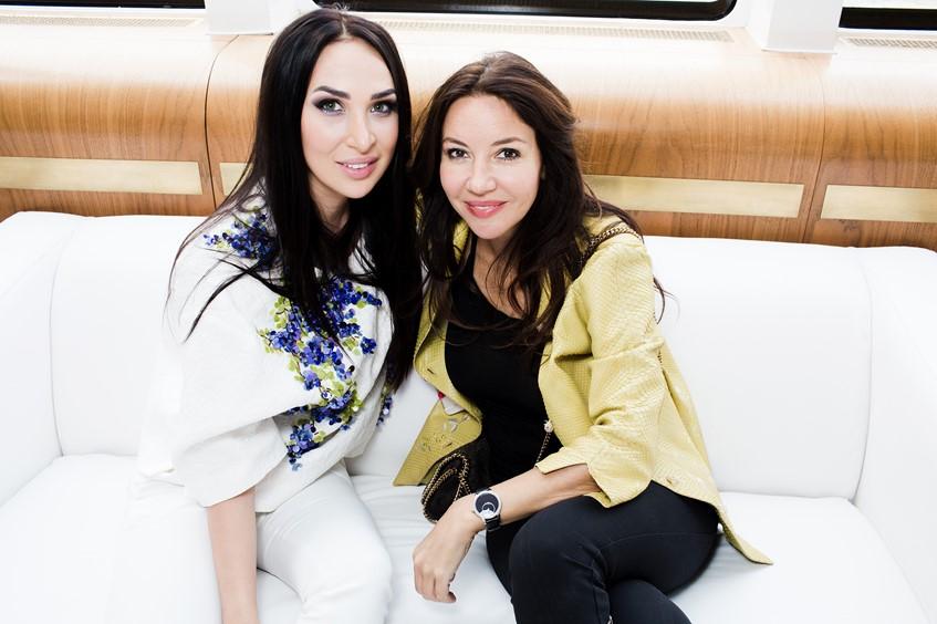 Анастасия Задорина и Ирина Чайковская