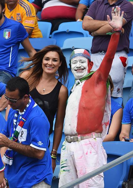 Модель Алёна Шередова (Середова) (36), жена вратаря футбольного клуба Juventus и сборной Италии Джанлуиджи Буффона (36 лет).