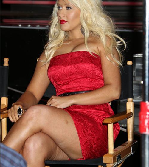 Певица Кристина Агилера, 34