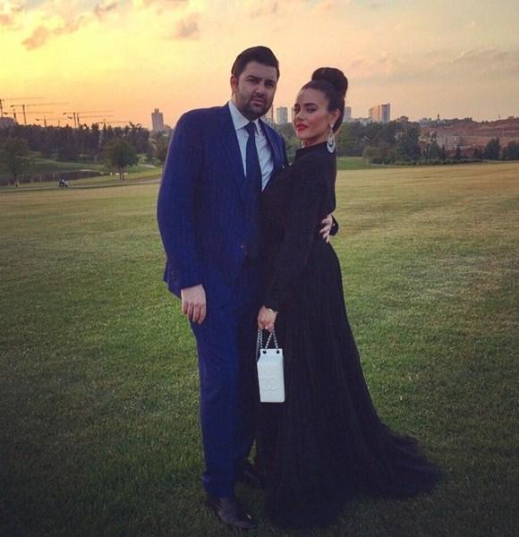 Виктория Крутая с мужем была на свадьбе друзей.