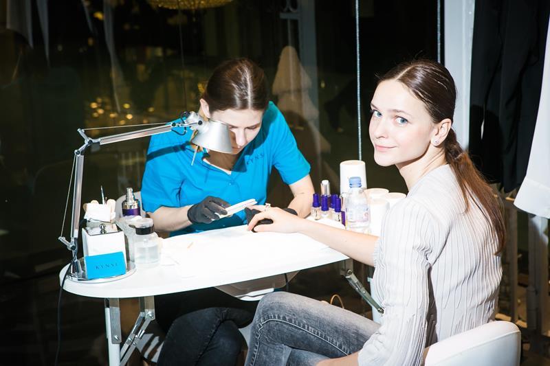 Ксения Князева в hair&make up зоне от Kynsi