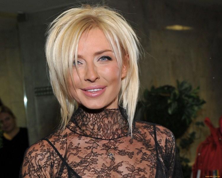 Татьяна Николаевна Овсиенко (48) — российская певица.