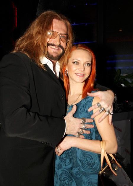 Никита Джигурда (53) и Марина Анисина (39)