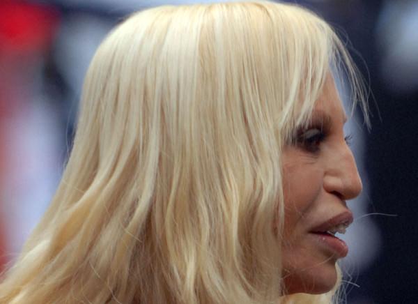 Модельер Донателла Версаче, 59