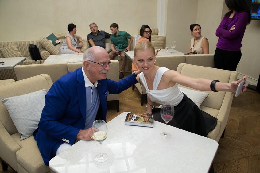 Никита Михалков и Елена Кулецкая
