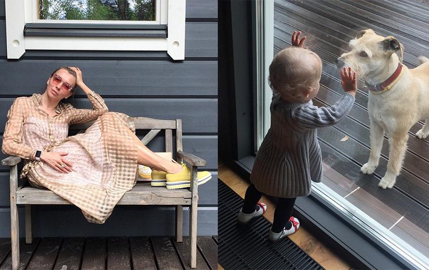 Светлана Бондарчук провела выходные, отдыхая на своей даче с любимой внучкой.