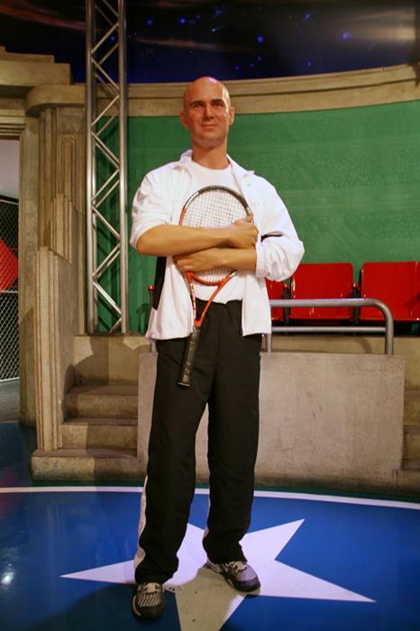 Андре Агасси (44), американский теннисист