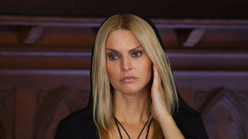 Татьяна Ларина (36) – экстрасенс.