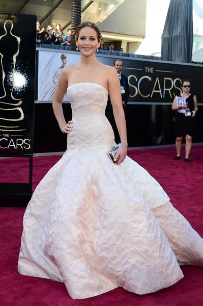 Актриса Дженнифер Лоуренс (24) в платье Christian Dior. 2013 год.