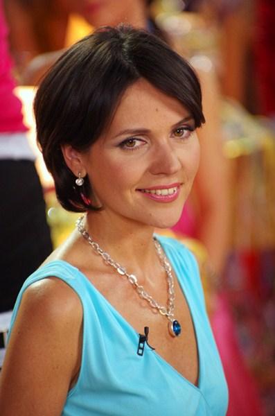 Российская телеведущая Анастасия Чернобровина, 38