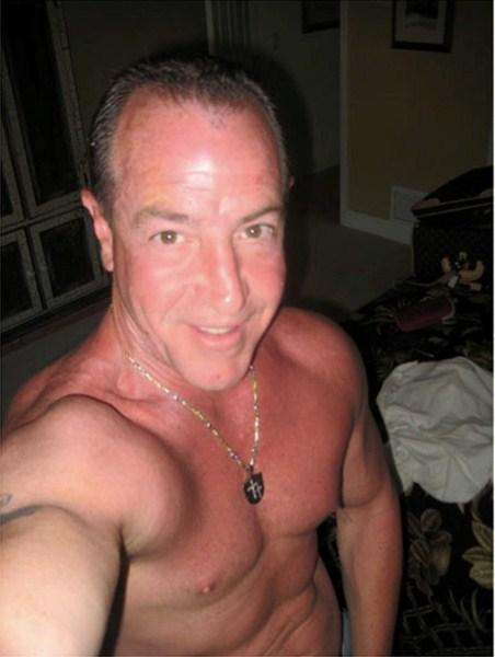 Майкл Лохан (55)