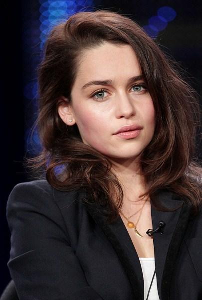Актриса Эмилия Кларк, 28