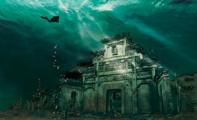 Подводный город Шичен в Китае.