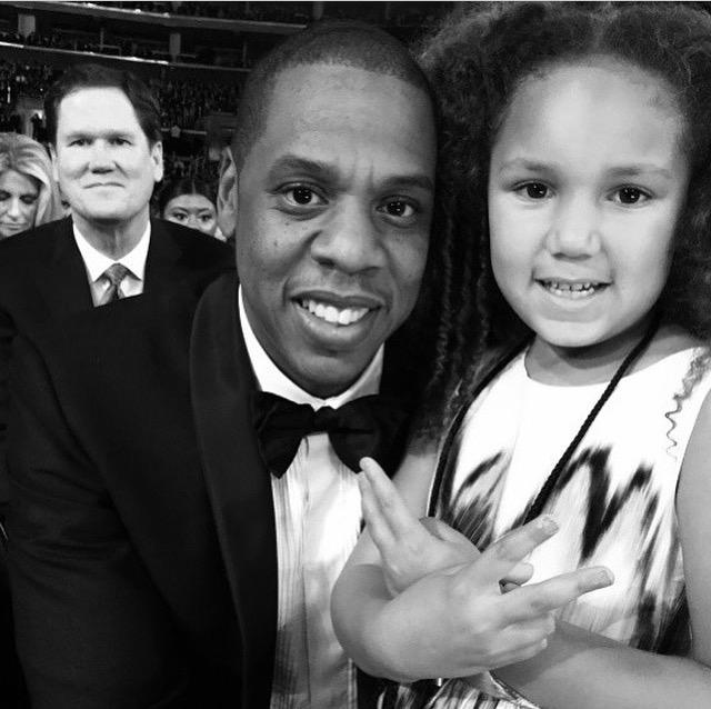 Рэпер Джей Зи (46) с дочерью музыканта Джейми Фокс (47) Анализой (6)