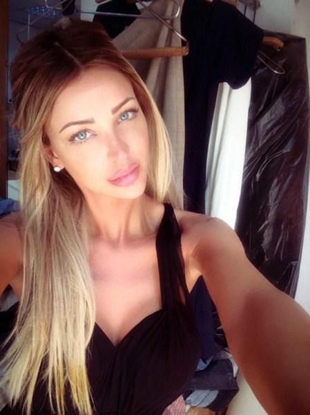 Модель и телеведущая Бьянка Драгушану, 31
