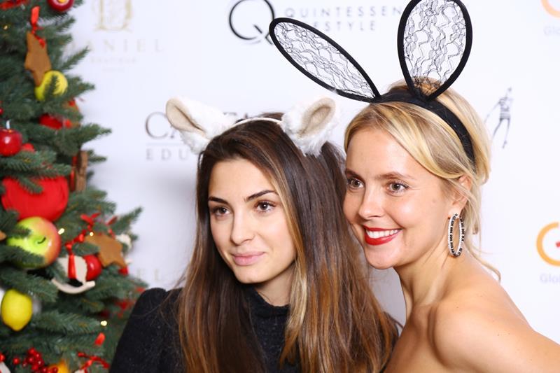 Яна Величко и Виктория Манасир