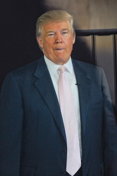 Дональд Трамп (68)