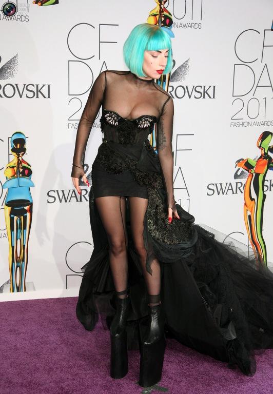Певица Леди Гага (28), 155 см