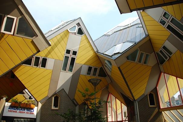 Кубические Здания (Роттердам, Нидерланды).
