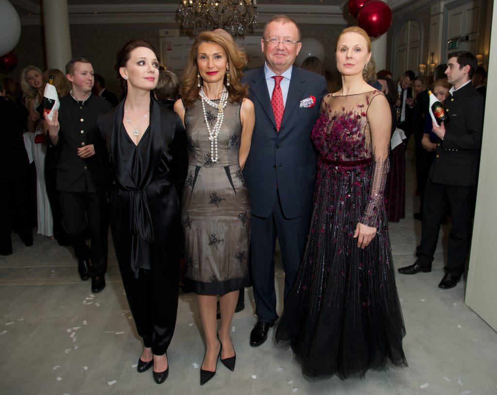 Чулпан Хаматова, Александр Яковенко и Дина Корзун
