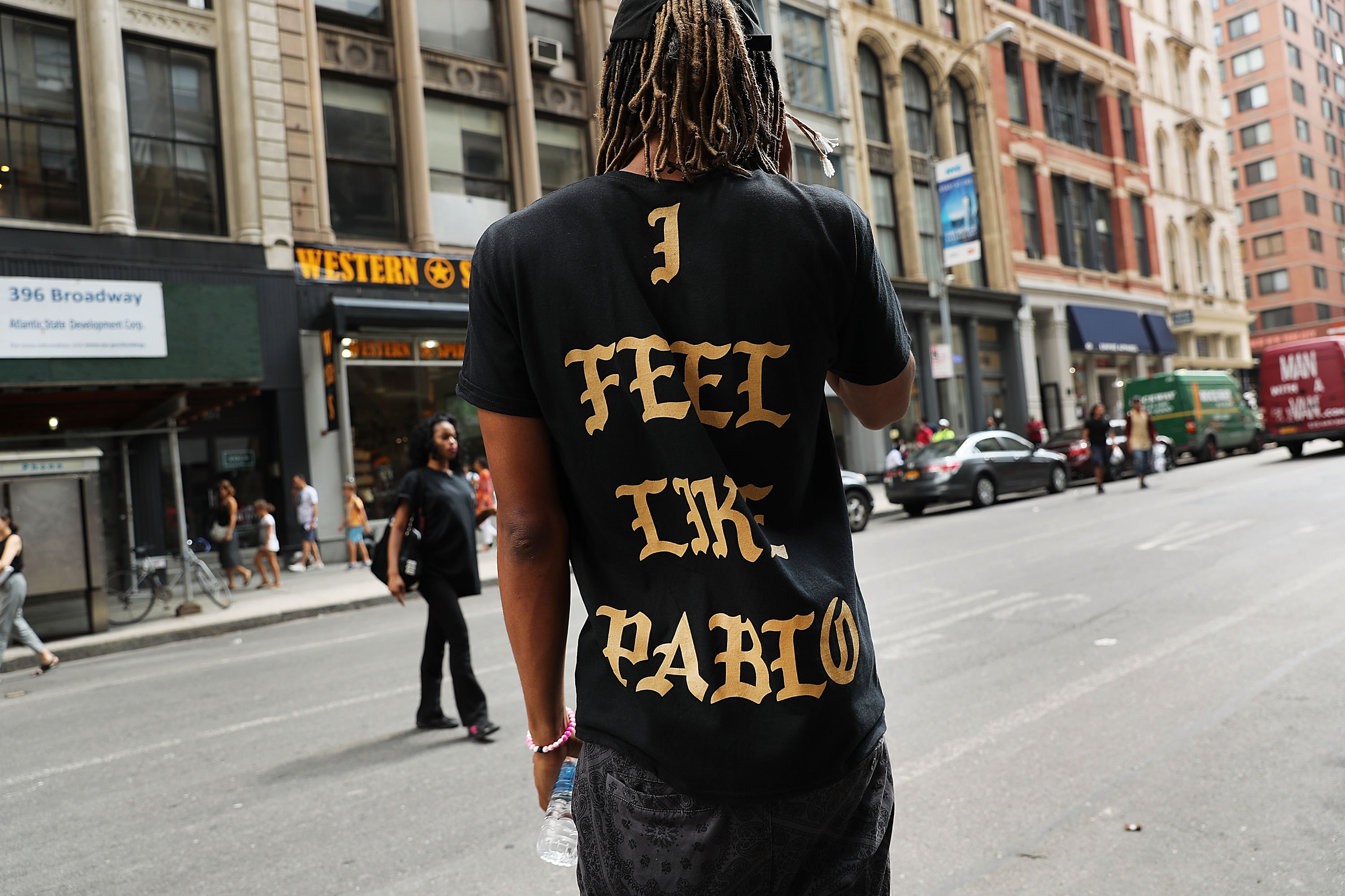 """""""Yeezy Pop-Up"""" Stores Sell Kanye West Fashion Items"""