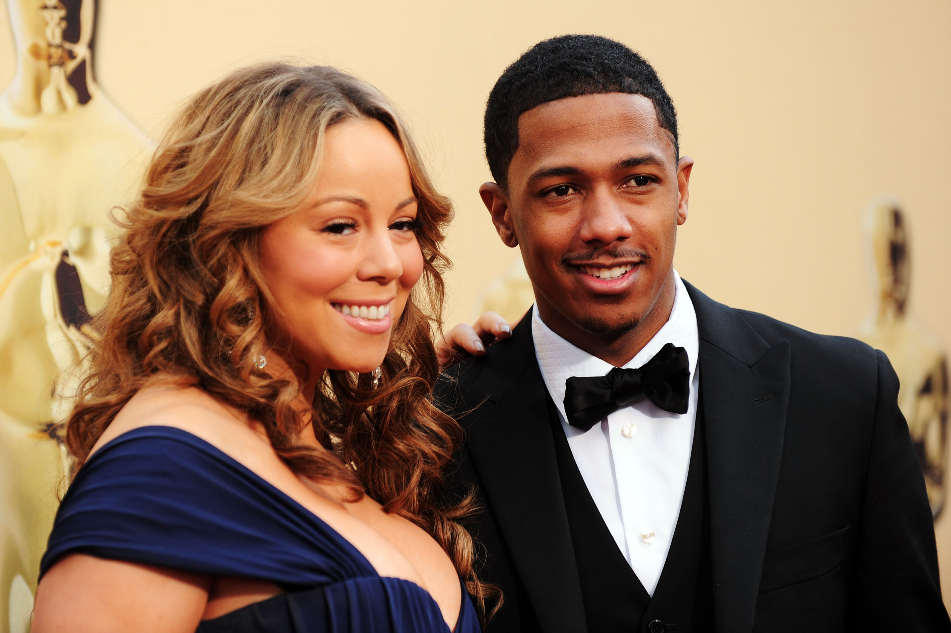 HOLLYWOOD - MARCH 07: Actress Mariah Carey and husband Nick Cannon arrive at the 82nd Annual Academy Awards held at Kodak Theatre on March 7, 2010 in Hollywood, California. (Photo by Alberto E. Rodriguez/Getty Images)