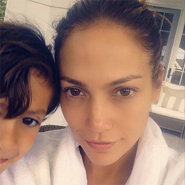 Актриса и певица Дженнифер Лопес, 46