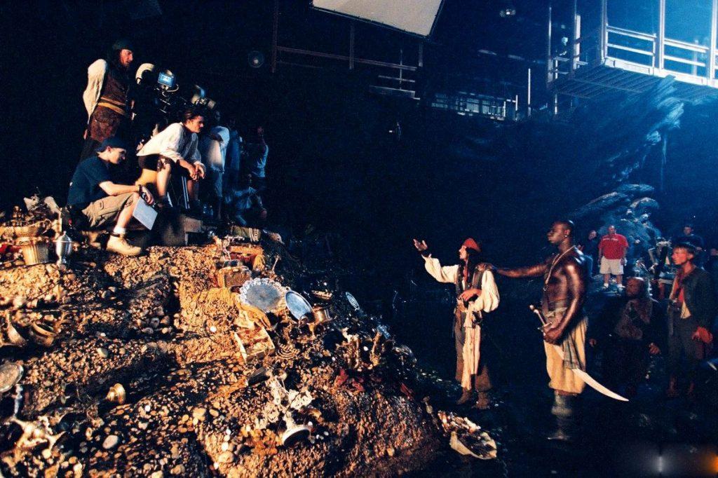 «Пираты Карибского моря: Проклятие Черной жемчужины», 2003
