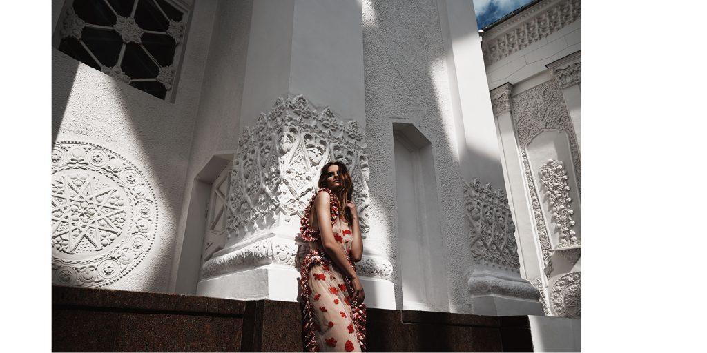 LOOK 5 – платье SIMONE ROCHA