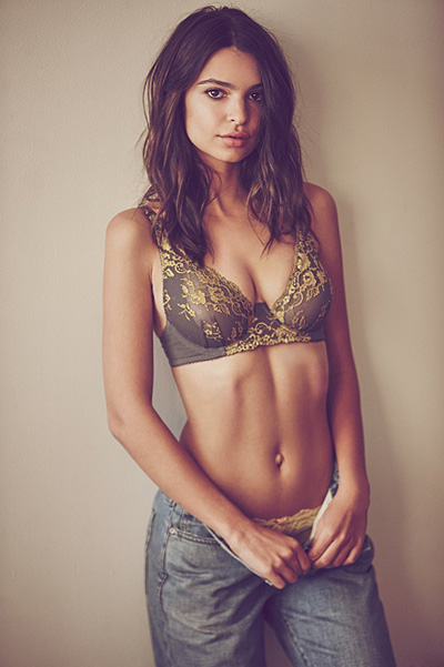 Эмили Ратажковски (24) для бренда нижнего белья Free People