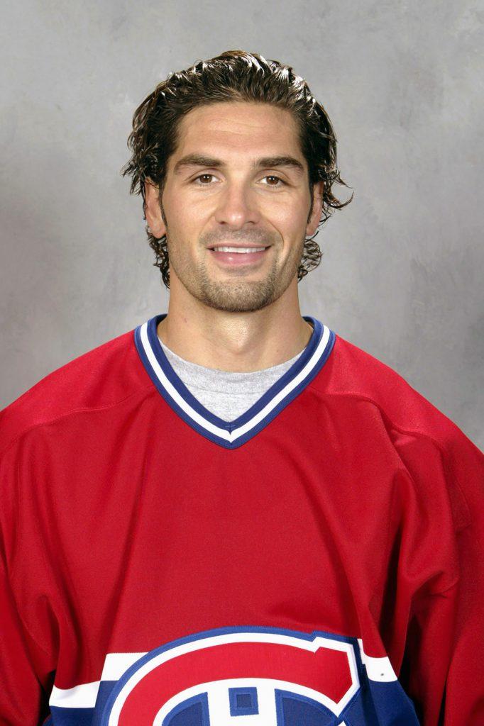 Хоккеист Шелдон Сурей, 39