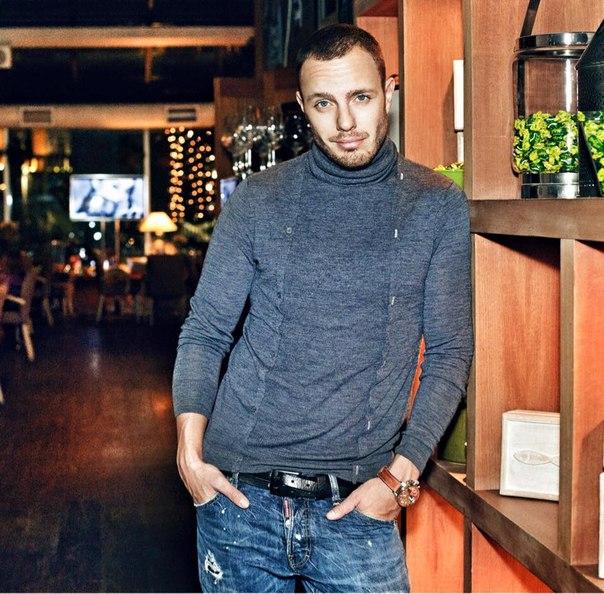 Телеведущий Тимур Соловьев, 33