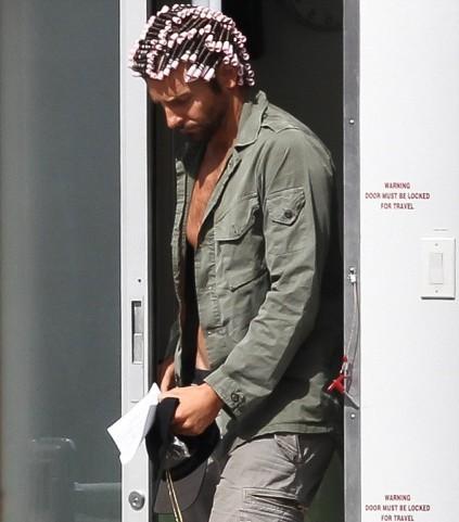 Никто и подумать не мог, что Брэдли Купер (40) просто готовился к новой роли в бигудях