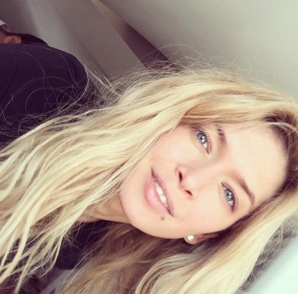 Певица, актриса Вера Брежнева, 33
