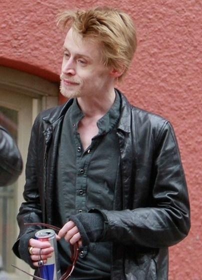 Больно смотреть на то, во что превратился мальчик из «Один дома» Маколей Калкин (35).