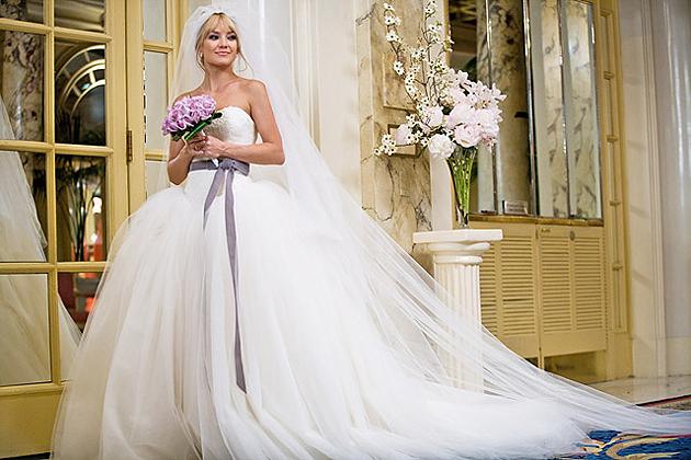 bride-wars-vera-wang-wedding-dress-kate-hudson
