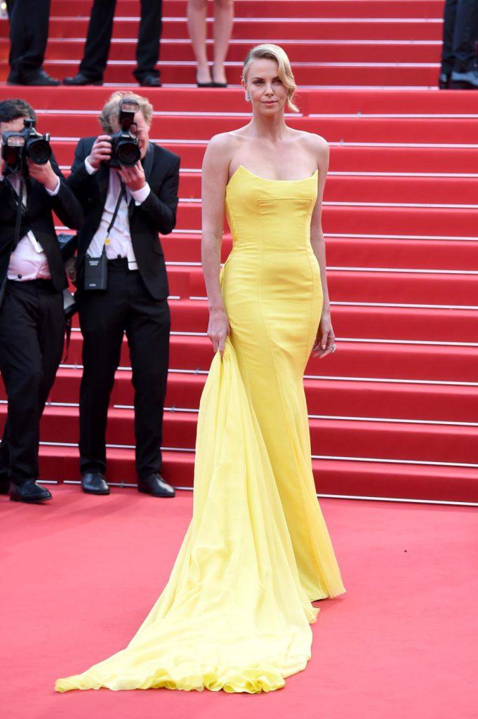 Актриса Шарлиз Терон (40), 177 см