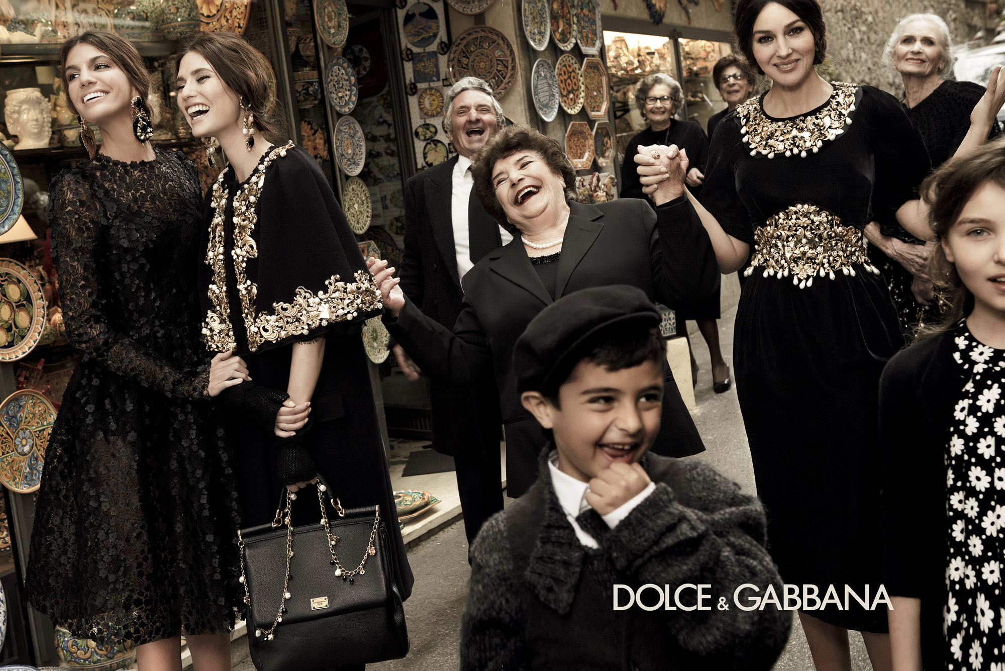 dolcegabbana-dg-fall-winter-2013-full-print-ad-campaign-italy-taormina-sicily-woman-fashion-photography-giampaolosgura-runway-womanswear-baroque-feminine-tailoring-07