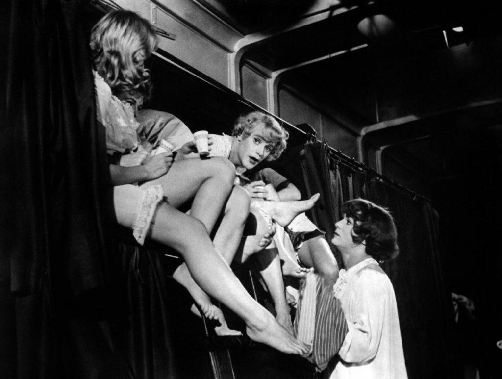 «В джазе только девушки», 1959