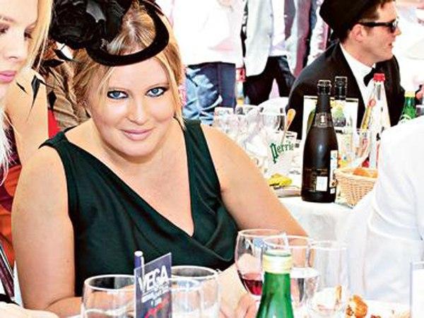 Сегодня Дану Борисову (39) осуждают за то, что она худая, а раньше - за лишний вес. Поклонникам не угодишь